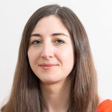 Claire WROBEL, maître de conférences en langues